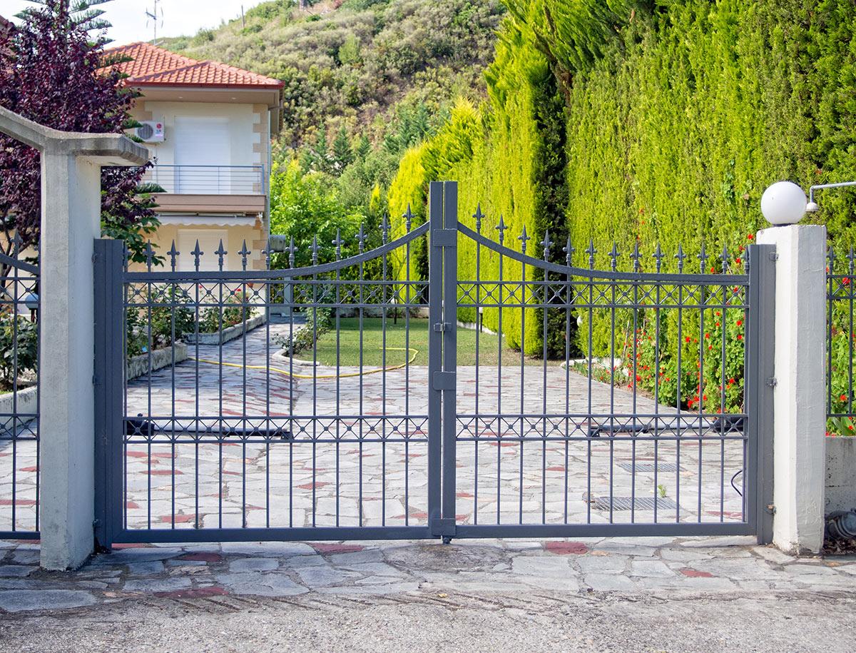 custom gate curb appeal